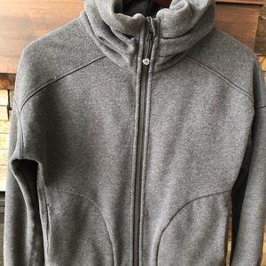 Lululemon gray high-neck jacket size 6